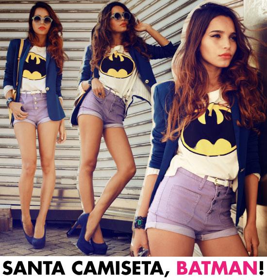 look-do-dia-camiseta-batman-short-blazer-cores-azul-lilas-amarelo-pump-cinto-branco-tee-batman-vintage-alana-ruas