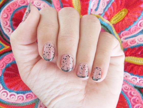 unhas-de-segunda-unhas-diferentes-unhas-decoradas-nail-art-poas-polka-dot-pop-up-colorama-bali-risque-inglesinha-granado-esmaltes