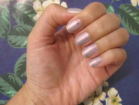 unhas-de-segunda-unhas-decoradas-unhas-diferentes-nail-art-esmalte-granado-isabelle-milani-glitter-silver