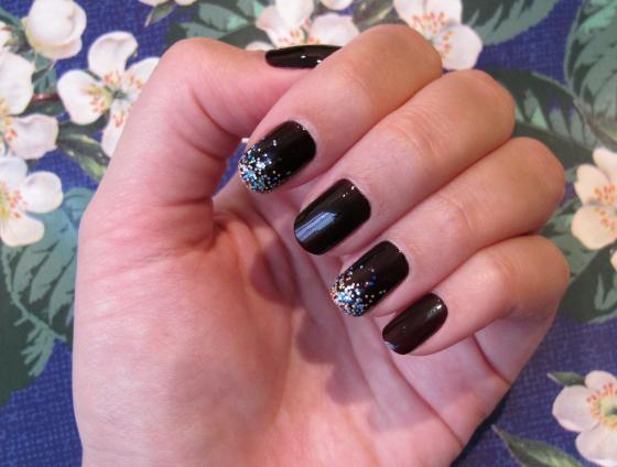 unhas-de-segunda-unhas-decoradas-nail-art-ombre-glitter-milani-jabuticaba-colorama