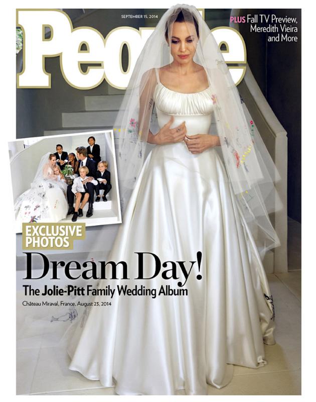 vestido-de-noiva-angelina-jolie-brad-pitt-casamento-versace-veu-criancas-bride-bridal-angelina-wedding-brangelina-brad-fotos-noiva