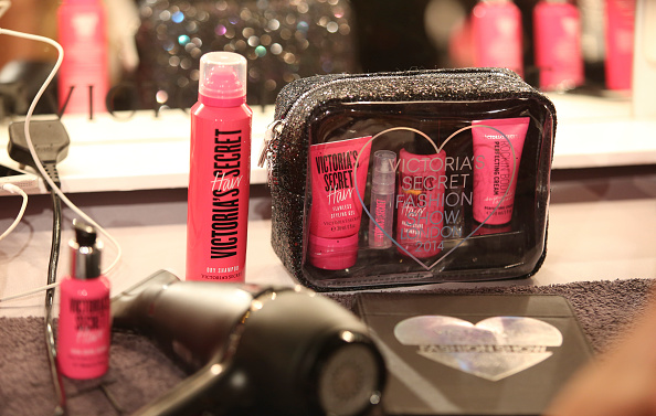 vs-victorias-secret-fashion-show-beleza-produtos-usados-beauty-make-makeup-products-cabelo-hair