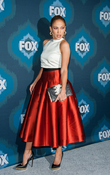 Fox-All-Star-jennifer-lopez-sombra-vermelha-red-eyeshadow-beleza-red-carpet-look-jlo