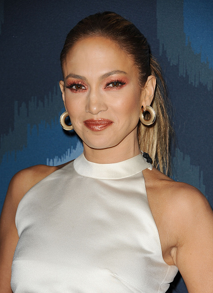 Fox-All-Star-jennifer-lopez-sombra-vermelha-red-eyeshadow-beleza