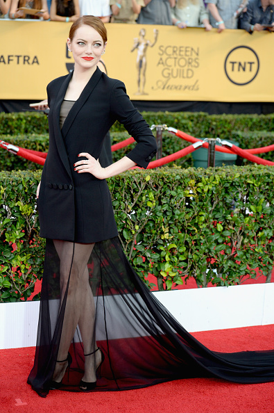 emma-stone-sag-awards-look-red-carpet