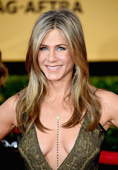 jennifer-aniston-sag-awards-look-red-carpet