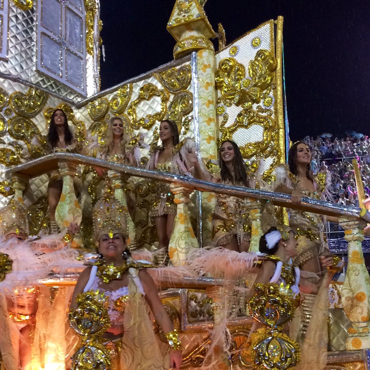 Carnaval Sapucai Magueira Blogueiras Rio de Janeiro
