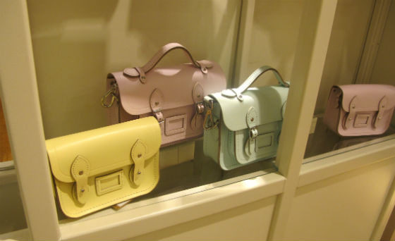 dica-viagem-londres-london-travel-tips-catch-kidston-cambridge-satchel-covent-garden