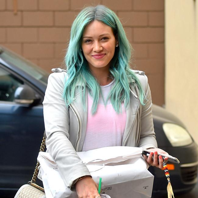 hilary-duff-cabelo-hair-blue-green-sereia-sereimo-mermaid-tendencia-trend