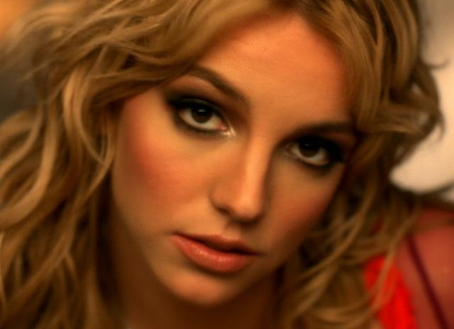 makes-beleza-cabelo-britney-spears-clipes-anos-90-90s-2000-00s