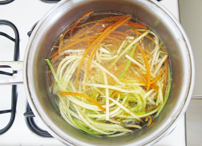 receita-blog-fit-saudavel-cha-hibisco-macarrao-abobrinha-cenoura-como-fazer-pao-de-queijo-de-mandioquinha-batata-baroa-sem-gluten-lactose-leite
