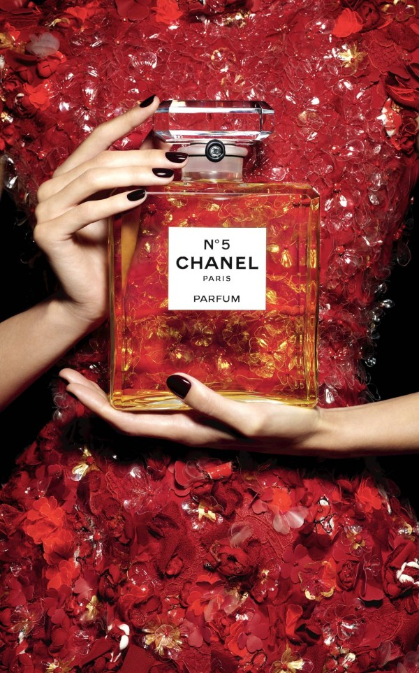 gisele chanel natal patrick demarchelier perfume chanel no 5 a