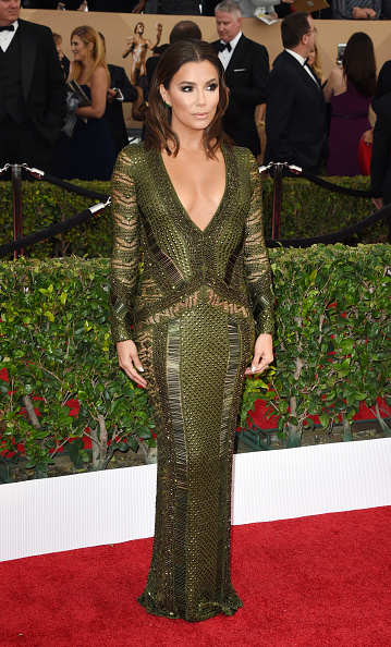 Actress Eva Longoria attends the 22nd Annual Screen Actors Guild Awards at The Shrine Auditorium on January 30, 2016 in Los Angeles, California. AFP PHOTO / MARK RALSTON / AFP / MARK RALSTON (Photo credit should read MARK RALSTON/AFP/Getty Images)
